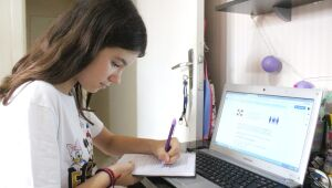 Aula híbrida: Semana não presencial precisa ser levada a sério pelas famílias e pelos alunos