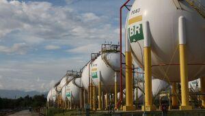 Bolsonaro critica aumento de 39% no gás natural