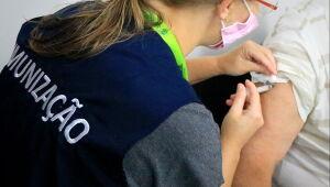 Mais de 900 pessoas foram vacinadas contra covid-19 no final de semana em Jaraguá