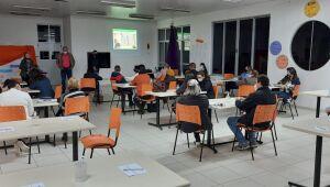 Associações de Pais e Professores de Schroeder participam de reunião técnica com Educação