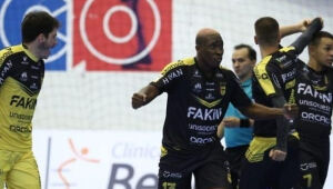 Jaraguá encara o Pato pela Copa do Brasil de Futsal