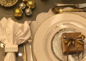 Como montar uma mesa linda para a noite de Natal