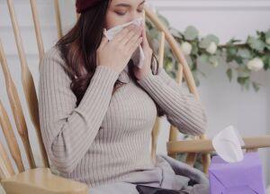 Como agir em caso de sangramento nasal?