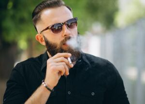 Cigarro influencia a potência sexual