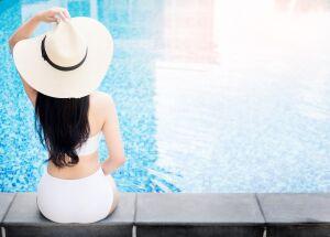 Verão: sombra e água fresca...e cirurgia plástica?