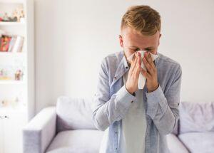 Isolamento pode aumentar crises de rinite alérgica
