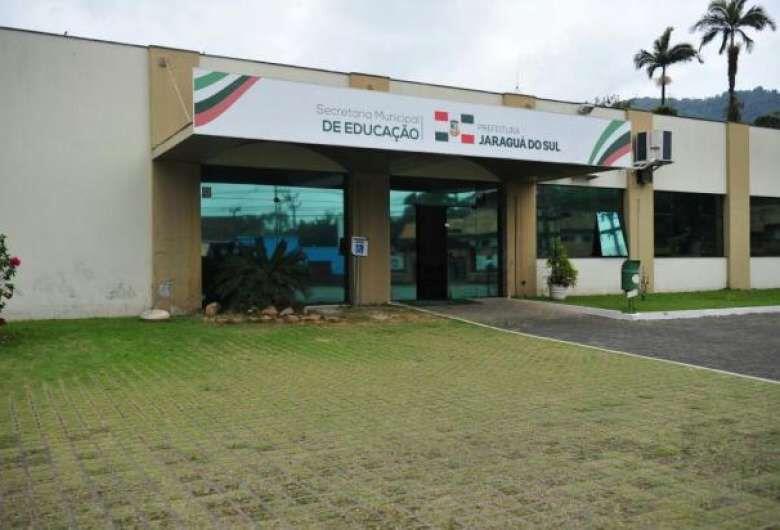 Educação de Jaraguá esclarece que não há cobrança de matrícula na rede pública