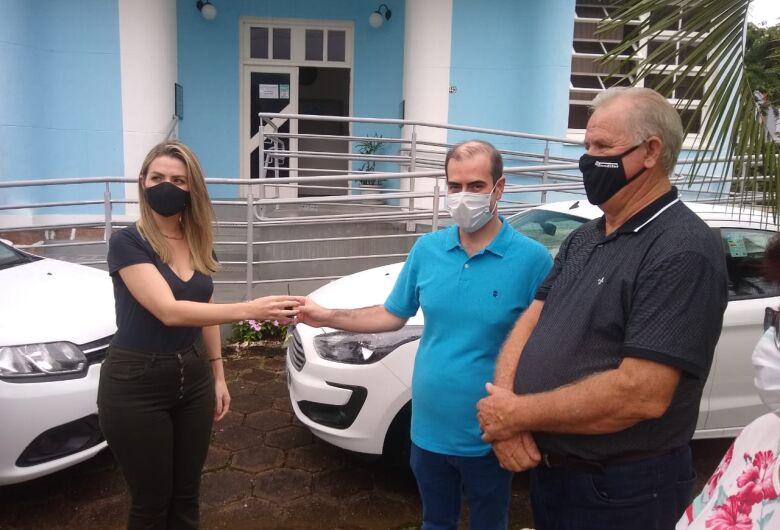 Deputado Chiodini repassa veículo à Secretaria de Saúde de Corupá