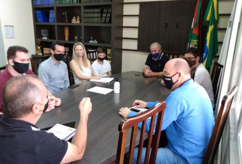 Tamanini recebe demandas de empresários de condomínio industrial em Corupá