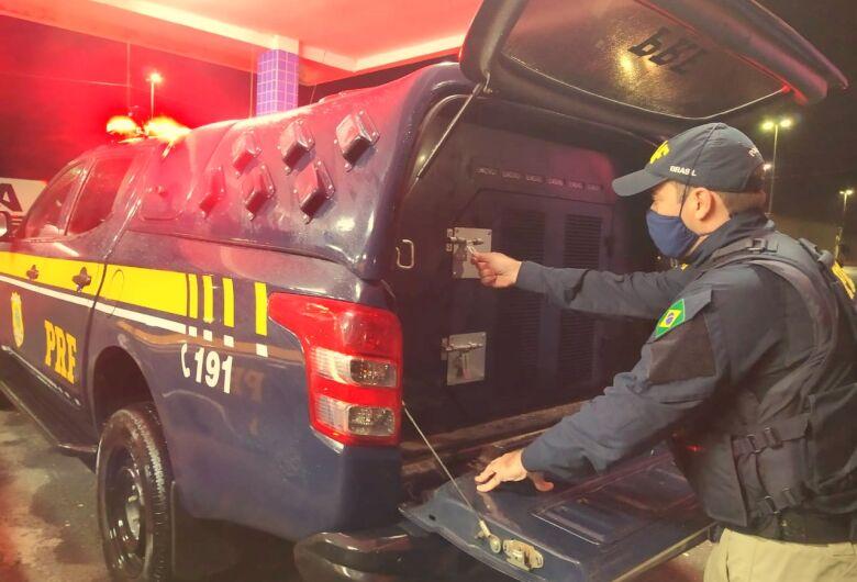 Foragido da Justiça por homicídio  é preso na BR 101 em Itapema