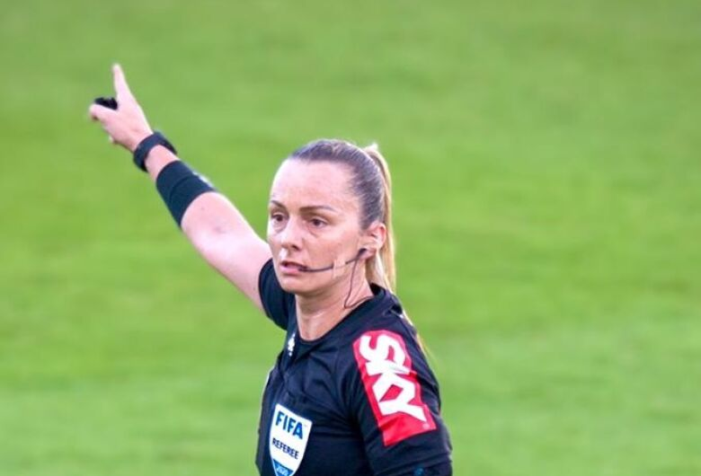 Árbitra catarinense apitará Libertadores Feminina