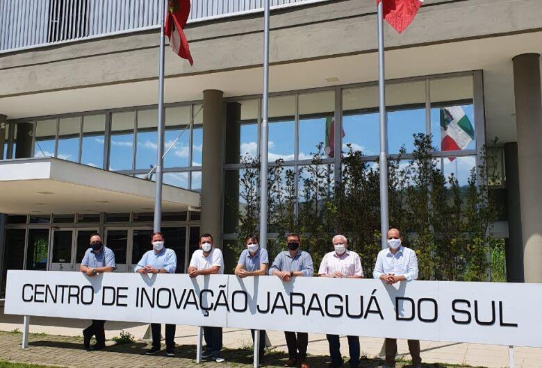 Presidente da Fapesc visita Jaraguá do Sul