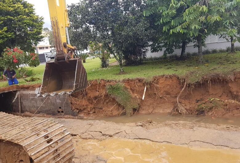 Defesa Civil registra deslizamentos de terra em Guaramirim