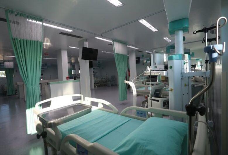 Pacientes com covid-19 de SC serão transferidos para o Espírito Santo