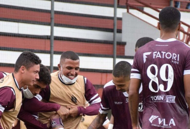 Juventus encara o Hercílio Luz pelo Catarinense nesta quarta em Jaraguá