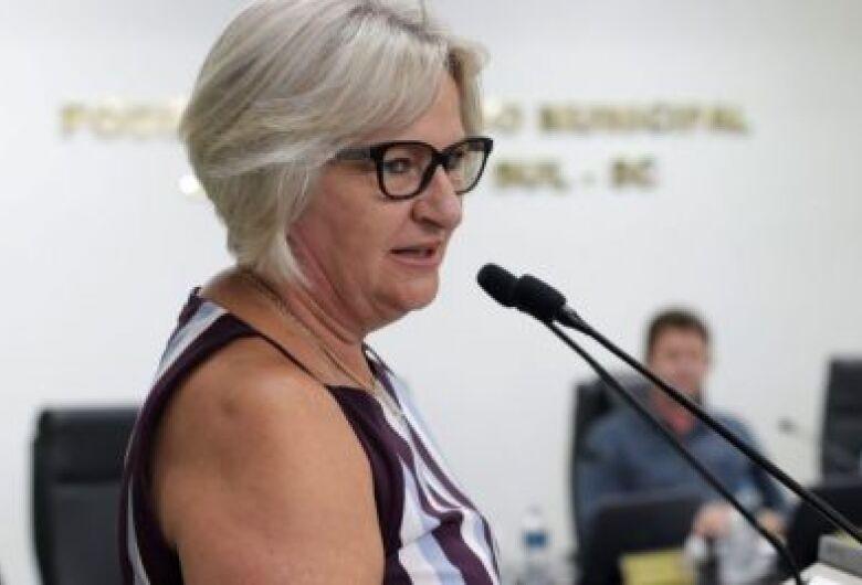 Vereadora propõe atualização da Tarifa Social do Samae