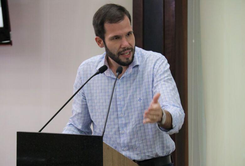"""Projeto que institui """"Parada Segura"""" em Jaraguá passa por 1a votação"""