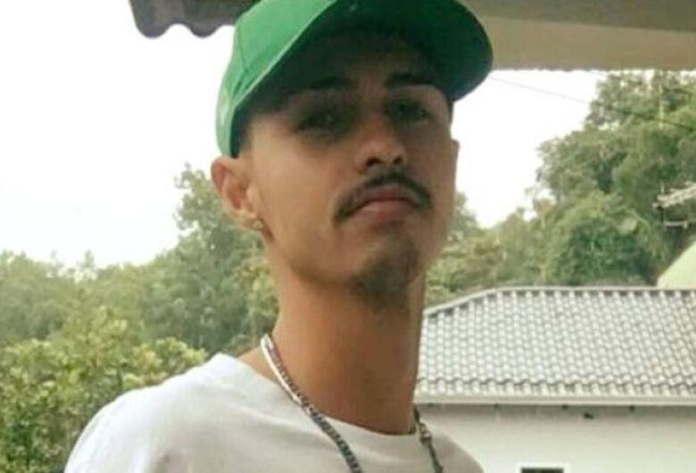 Vítima de acidente em Schroeder morre no hospital em Jaraguá