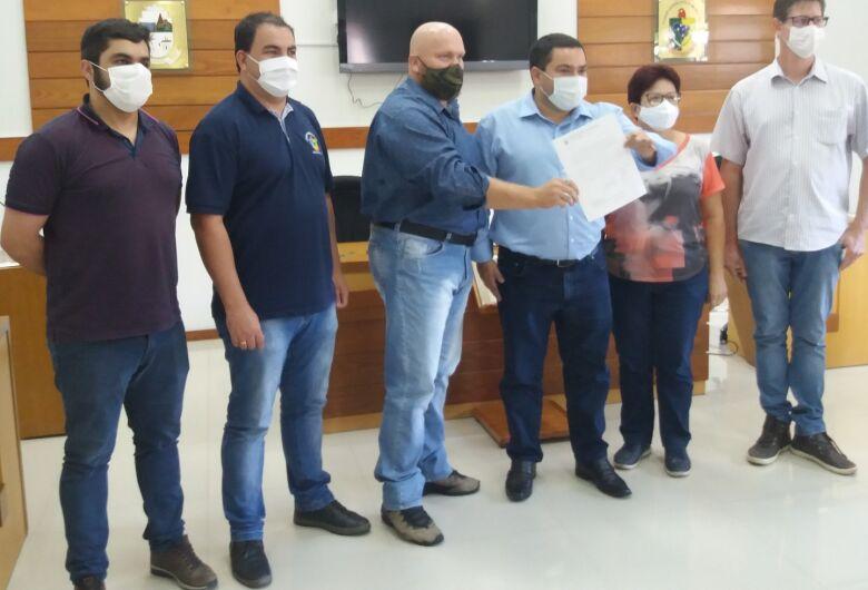 Deputado visita Corupá e recebe reivindicação de Raio X para PA 24h