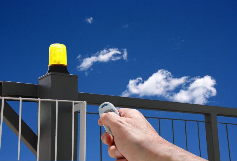 Cinco hábitos essenciais para manter o seu imóvel seguro