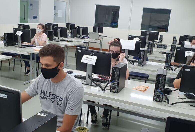 Estudantes de medicina da Estácio auxiliam no monitoramento de pacientes com COVID-19 em Jaraguá