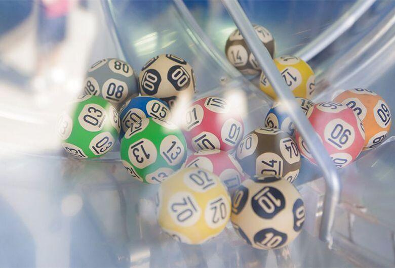 Caixa sorteia R$ 30 milhões da Dupla-Sena da Páscoa neste sábado