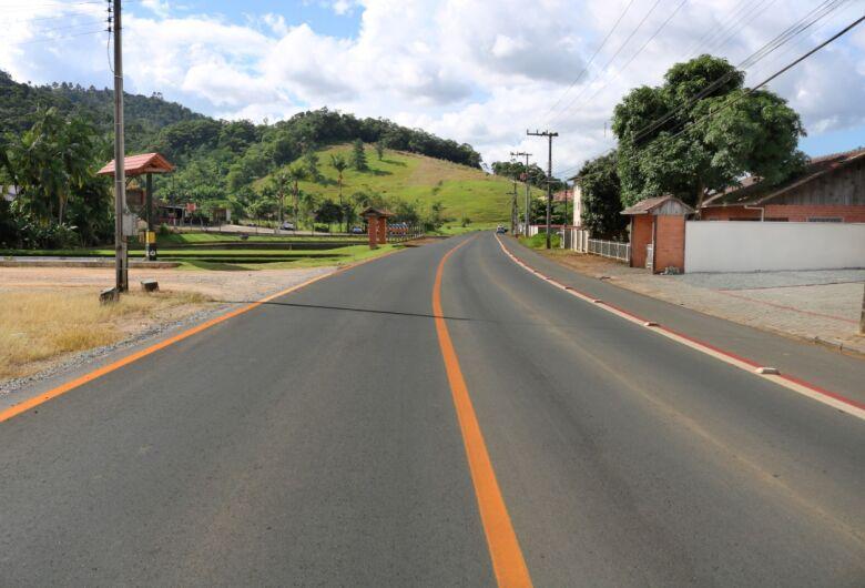 Concluídas pavimentações em mais duas ruas de Jaraguá