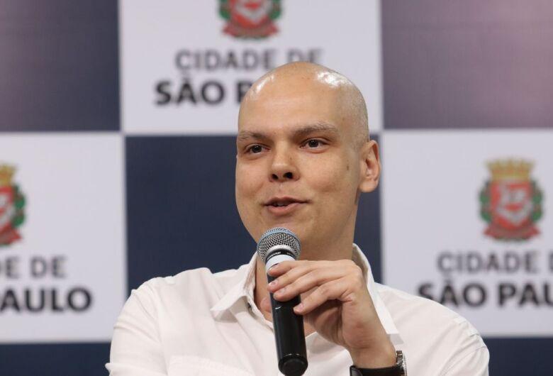Bruno Covas segue internado em tratamento de câncer
