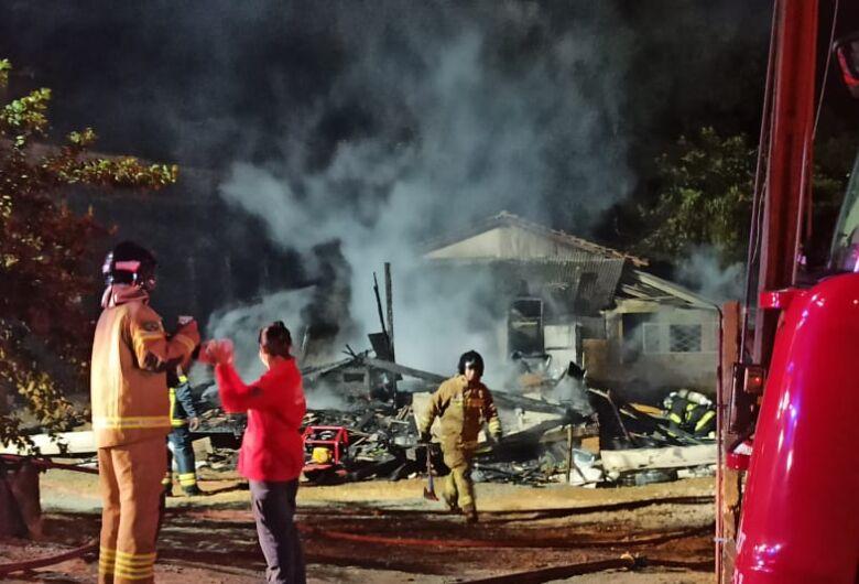 Homem é preso suspeito de atear fogo em residência após discussão com a esposa  em Jaraguá