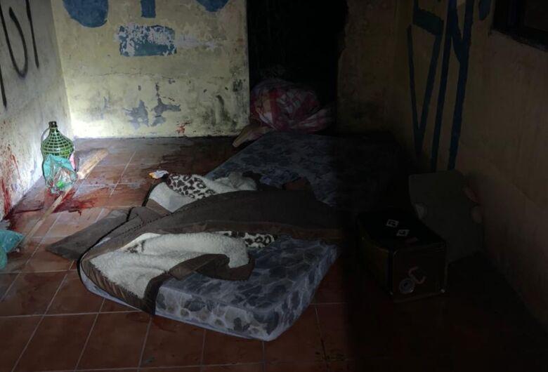 Suspeito de matar morador de rua é indiciado por homicídio duplamente qualificado em Jaraguá