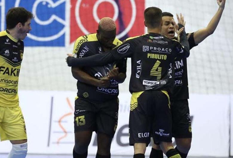Jaraguá Futsal vence o Pato pela Copa do Brasil