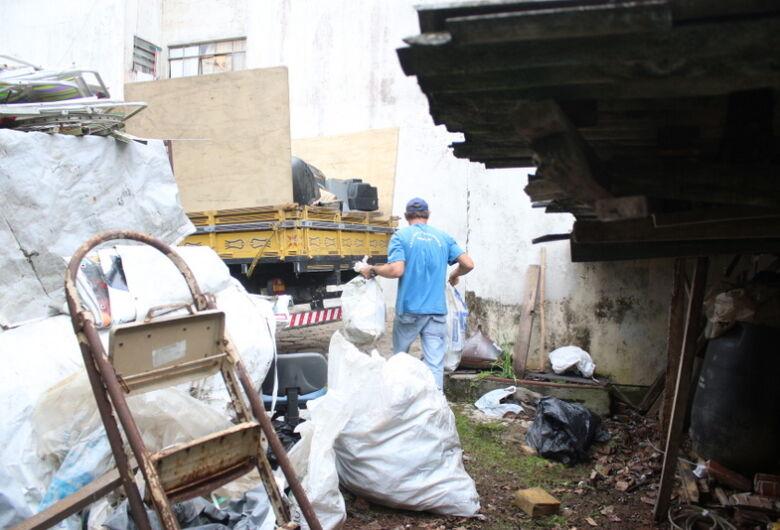 Projeto inclui a penalidade de advertência na coleta seletivaem Jaraguá