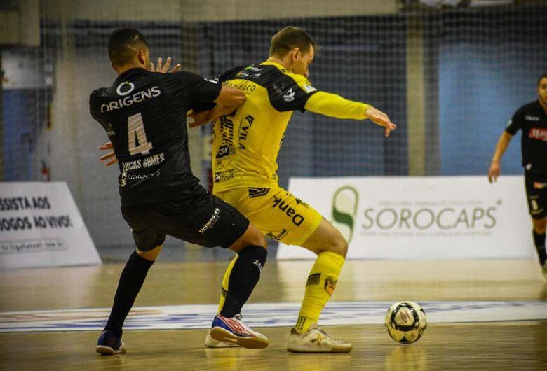 Jaraguá Futsal empata com o Magnus pela Liga Nacional