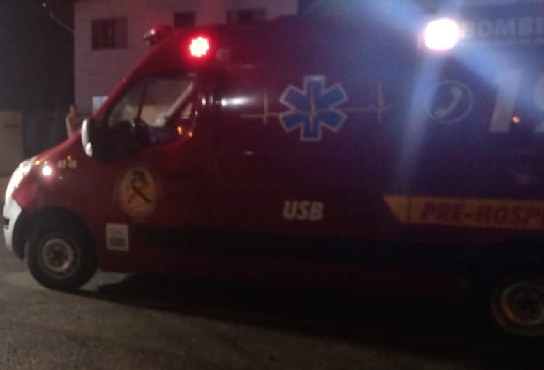 Adolescente é socorrida após acidente de bicicleta no bairro Três Rios do Sul