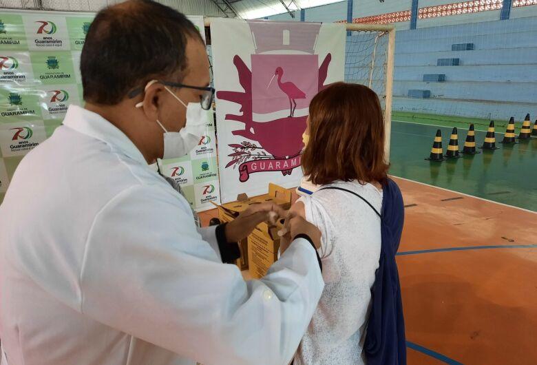 Guaramirim libera agendamento da vacina contra a covid-19 para pessoas de 52 anos
