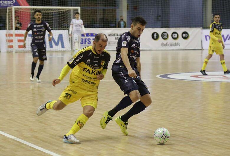 Jaraguá Futsal tem jogo na Copa do Brasil cancelado por casos de Covid-19 no adversário