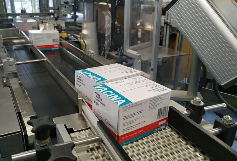 Fiocruz entrega cerca de 5 milhões de doses da vacina contra covid-19