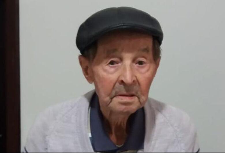 Nono Martini de Guaramirim completa 100 anos e dá receita para vitalidade