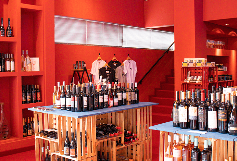 Jaraguá ganha novo endereço para degustação e comercialização de vinhos