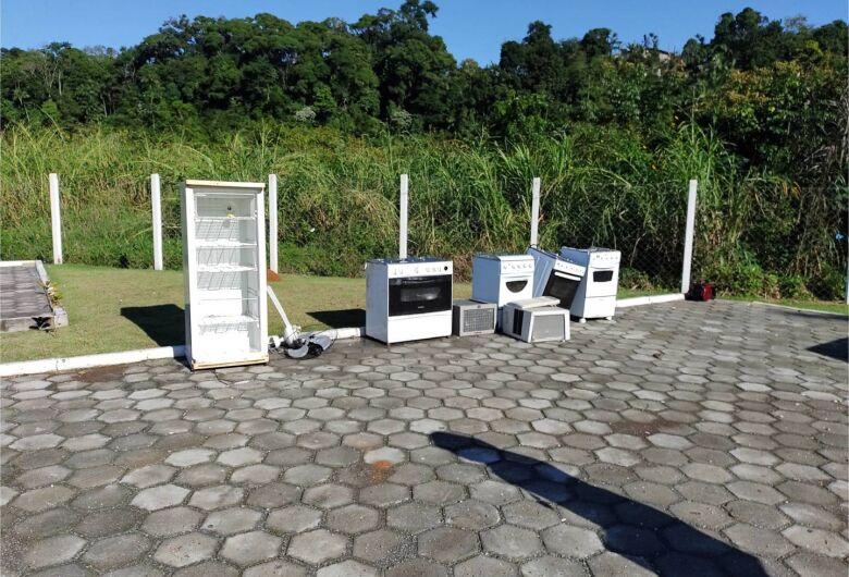 Vereadora sugere doação de móveis entregues no PEV a famílias carentes