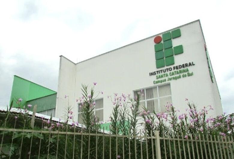 IFSC contrata professores substitutos em Jaraguá do Sul