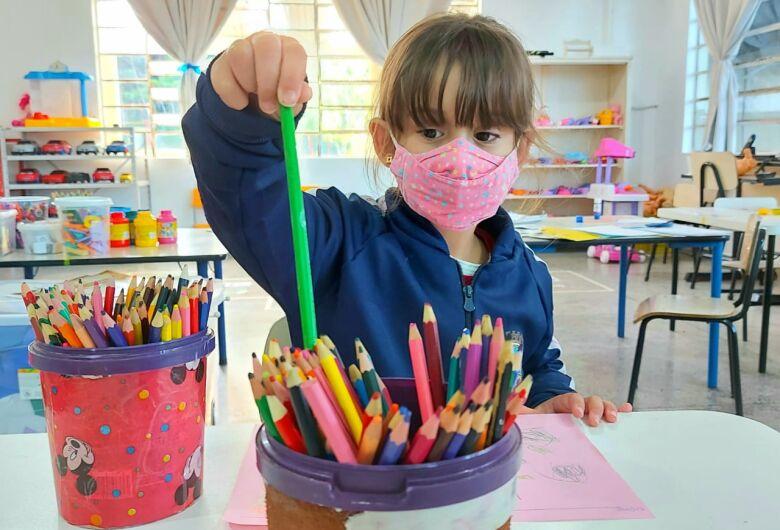 Férias escolares começam hoje em Jaraguá. CMEIs mantêm atendimento
