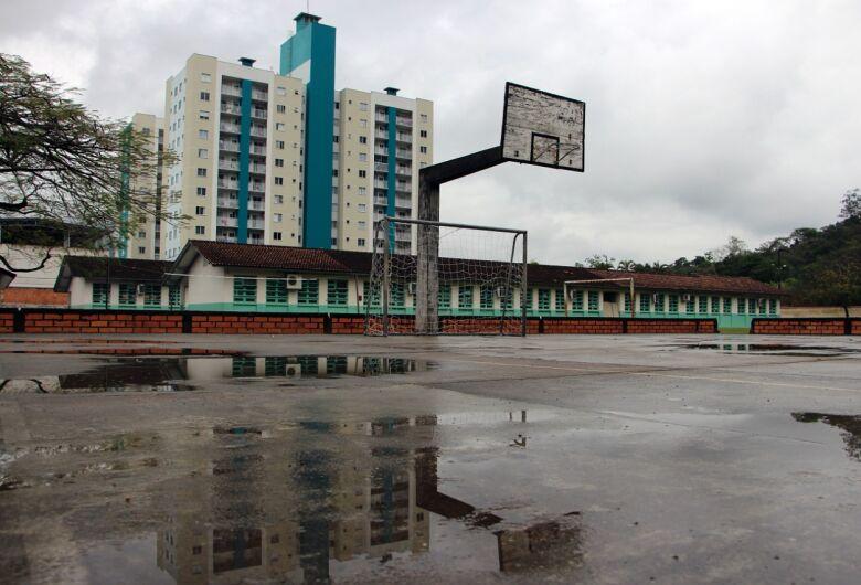 Governo licitará construção de um ginásio esportivo da escola Alvino Tribess