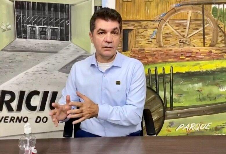 MP vai investigar prefeito que exonerou professor 'por viadagem' em SC