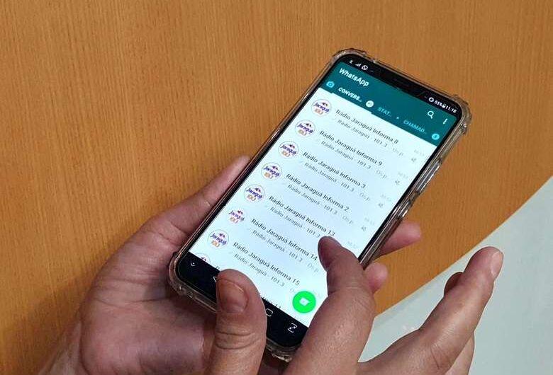 Criminosos usam grupos de WhatsApp da Rádio Jaraguá para aplicar golpe