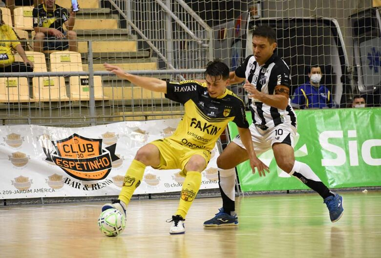 Jaraguá Futsal perde para o Ceará e vê título da Copa do Brasil escapar