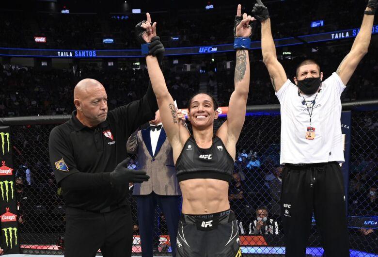 Jaraguaense Taila Santos chega a terceira vitória seguida no UFC