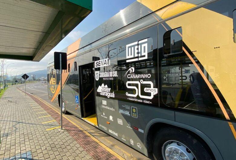 Prosseguem os passeios com o ônibus elétrico em Jaraguá do Sul