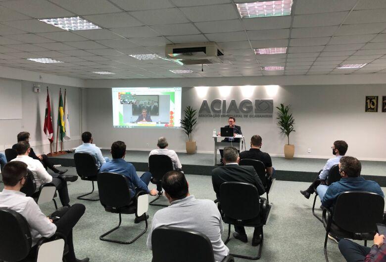 """""""A meta tem que ser desafiadora, mas realista"""", diz Décio da Silva, em palestra na ACIAG"""
