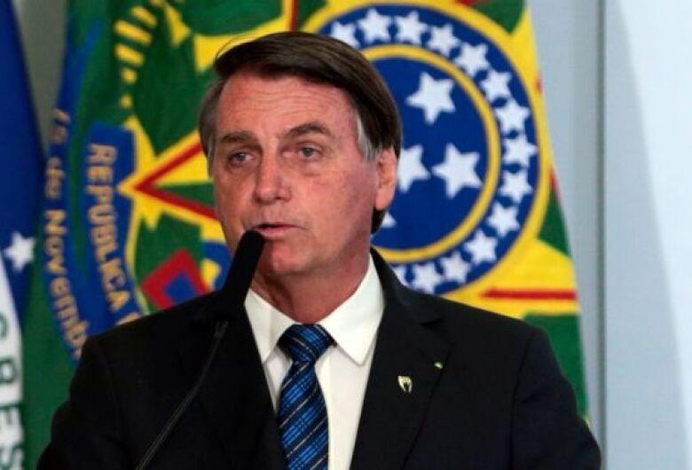 Facebook derruba live de Bolsonaro